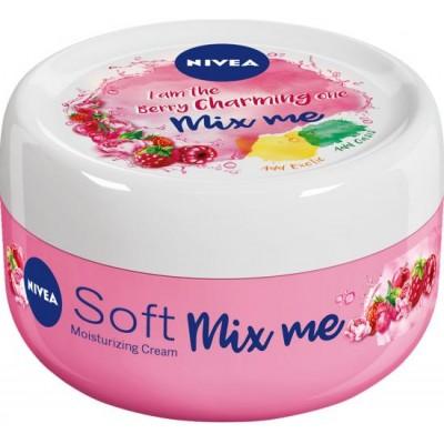 Nivea Svěží hydratační krém Soft Mix Me Berry Charming 100 ml